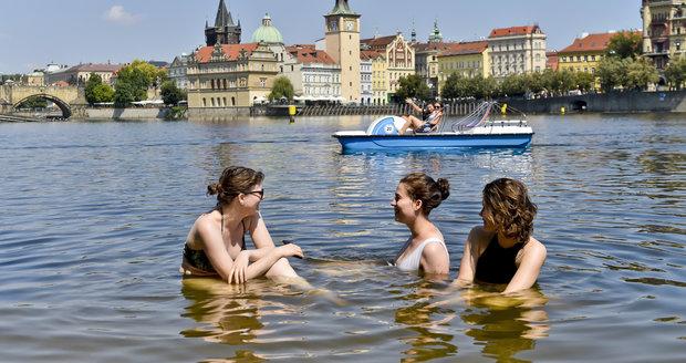Tropy v Česku: Na konci července 2018 bylo až 37,6 stupně.