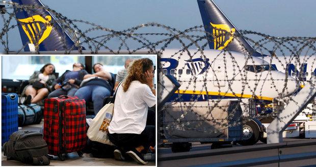 """Další stávka v Ryanairu. Piloti v Německu si kvůli platům """"dupnou"""" ve středu"""