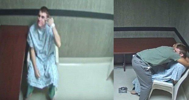 """""""Lidé si teď myslí, že jsi zrůda."""" Masového vraha rozplakal bratr, ukazuje nové video"""