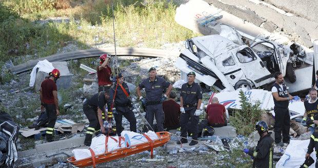 43 mrtvých, pod mostem našli posledního hledaného, ale... Ředitel firmy se neomluví