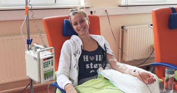 Anna Kadeřávková se léčí na klinice