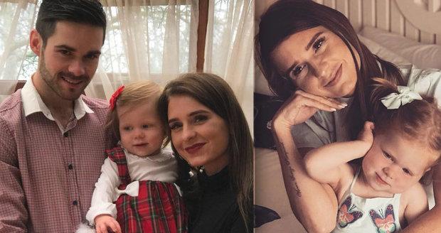 Kvůli rakovině ji neuvidí vyrůstat. Matka píše dcerce dopisy, které ji provedou životem