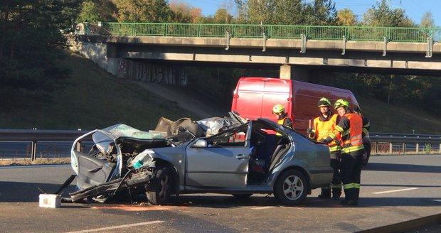 Smrtelná nehoda na D5: Řidič srážku s koněm nepřežil