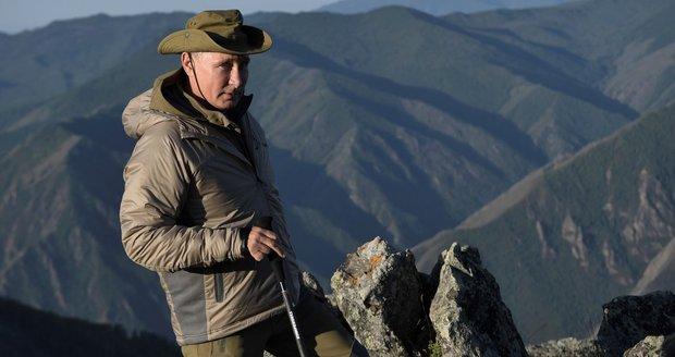 Putin vyrazil na víkend na Sibiř. Koně, lov tygra i raft tentokrát vynechal