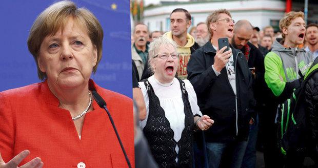 """Merkelová """"sjela"""" demonstranty u českých hranic: Nejste Chemnitz, ani německý lid"""