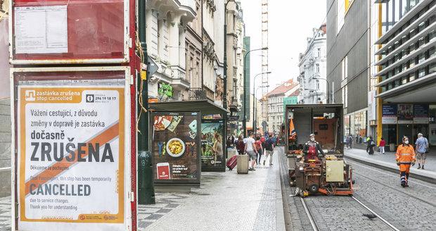 Provoz tramvají v centru Prahy se vrátí do normálu již v úterý.
