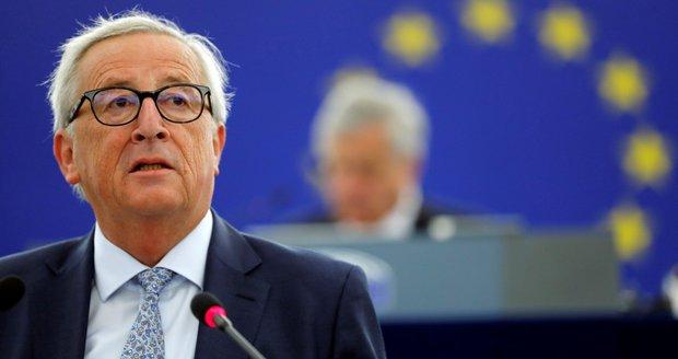 """""""Odmítnout opuštěné děti? Skandální."""" Juncker žasne nad postojem Česka k uprchlíkům"""