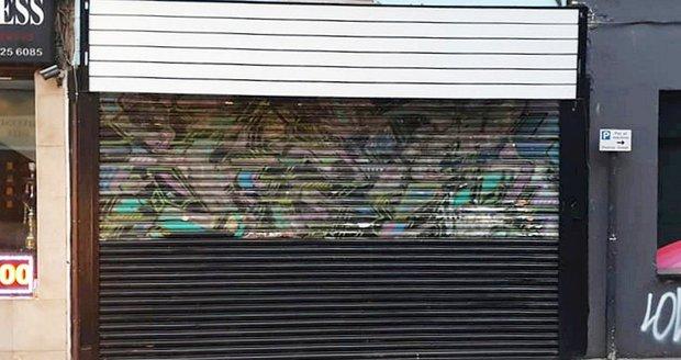 Obchodník omylem přetřel jedny z nejslavnějších graffiti světa. Autorem je Banksy