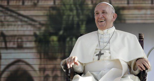 Známý kněz a ochránce práv měl zneužívat děti. Vatikán ho zbavil úřadu