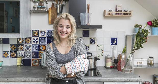 Bydlení Anny Slováčkové: Kuchyni Anička miluje. Vaří tu i peče.