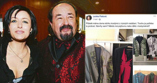 a646809d6c64 Bavič Petr Novotný s dcerou Lenkou · Dcera na Facebooku nabízí kostýmy ...