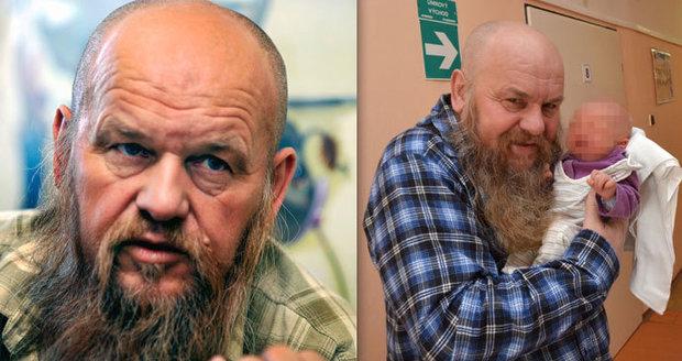 Slavného malíře Vojkůvku (†71) zabil nádor na mozku: Před smrtí neviděl vlastního syna