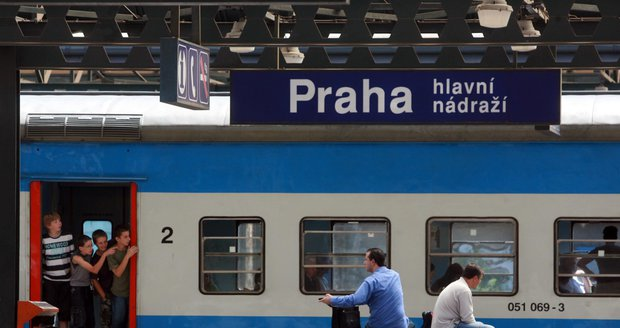 Pražský integrovaný systém vzal pod svá křídla dalších 96 železničních stanic ve Středočeském kraji.