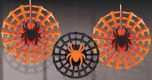 Závěsné dekorace pavouk na síti, httpslavimestylove.eu, 80 Kč za 2 ks
