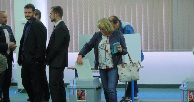 Volby příští rok podraží. Česko na ně vyloží o 116 milionů více