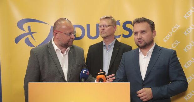 Konec spojenectví: Lidovci půjdou do evropských voleb sami, lídra hledají