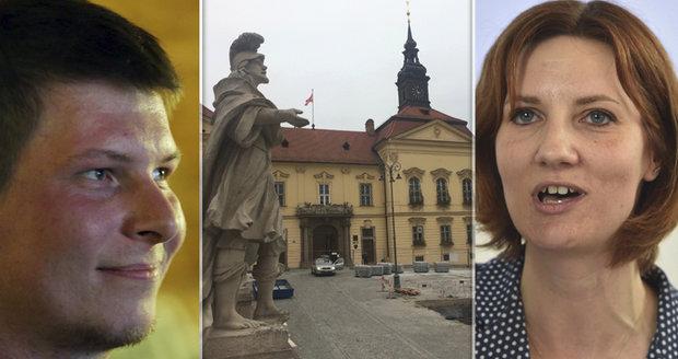 """Koalici v Brně drží """"pod krkem"""" 20 Pirátů: Podpis smlouvy dále odkládají"""