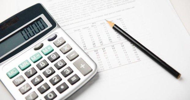 Podnikatelé, pozor! Mění se termíny pro důchodové a nemocenské pojištění