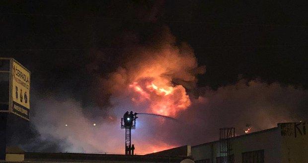 Případ zapálení trampolínového centra z loňského podzimu pražská policie odložila.