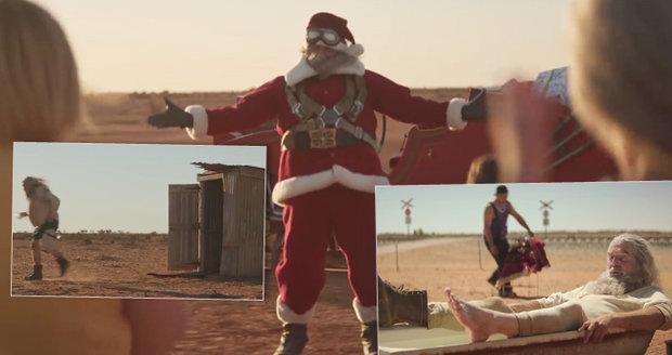 """""""Ztroskotanec"""" Santa bojuje s hady i suchým záchodem. V poušti se dočká dojemné pomoci"""