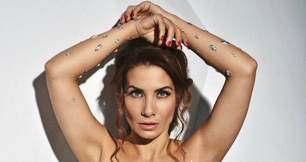 Eva Decastelo na titulní stránce Playboye