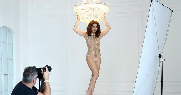 Eva Decastelo během focení do Playboye