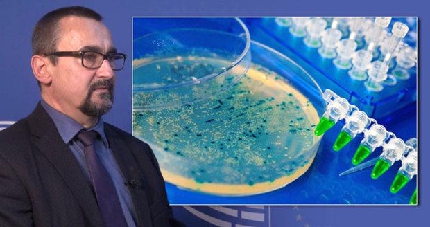 Antibiotika můžou přestat úplně zabírat, varuje europoslanec. Kvůli čemu?