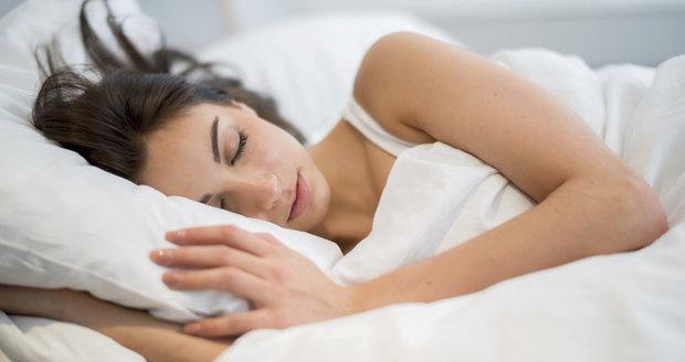 Jak večer rychleji usnout? Tyto způsoby fungují spolehlivě!