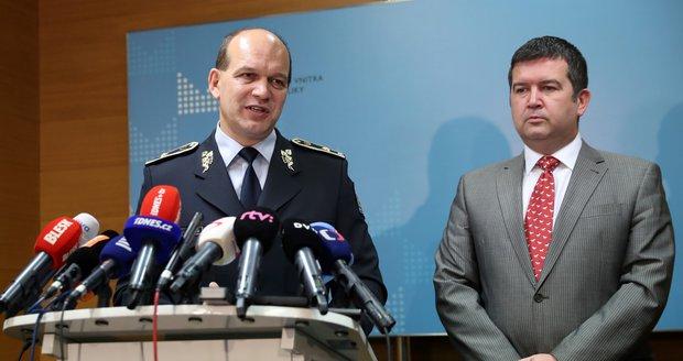 Podhoubí teroru v Česku: Je tu až 16 zahraničních bojovníků, tvrdí policie