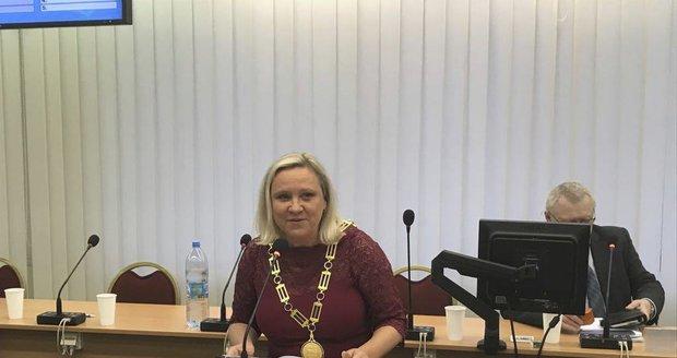 Druhou nejlidnatější část Prahy ovládne žena. V Praze 10 je novou starostkou Chmelová