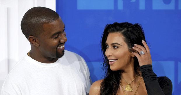 Kim Kardashian a Kanye West se proletěli soukromým Jumbo Jetem. Stálo to skoro 5 milionů