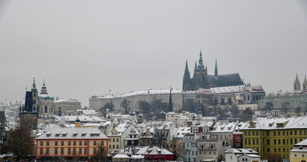 Zimu a mráz vystřídá teplejší víkend  Pražany čekají Vánoce na blátě ... 04f3b5cfd5