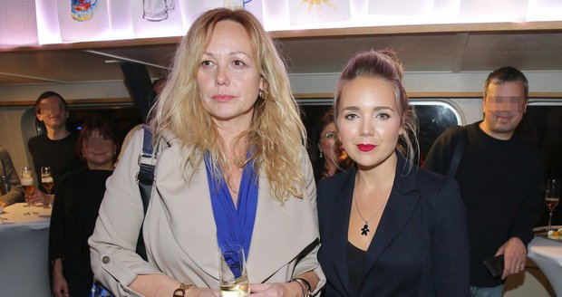 Martina Adamcová s Lucií Vondráčkovou