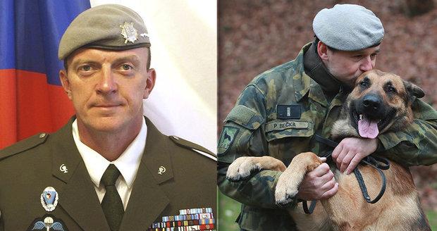 Pes vojáka Tomáše (†41) z Afghánistánu: Zabili mu páníčka, znovu cvičí na misi