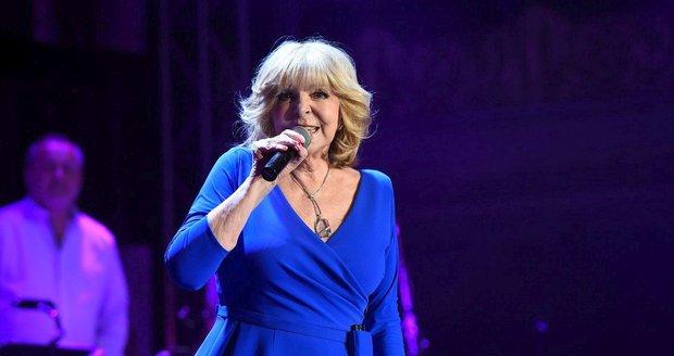 Hana Zagorová během svého vánočního koncertu v Lucerně