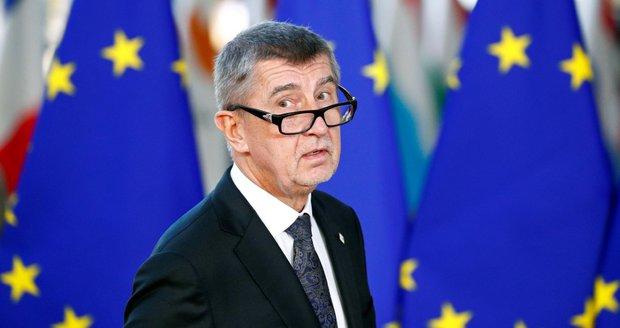 Babiš je ve střetu zájmů, Agrofert má vrátit dotace, tvrdí prý audit. Šokovaný premiér zuří