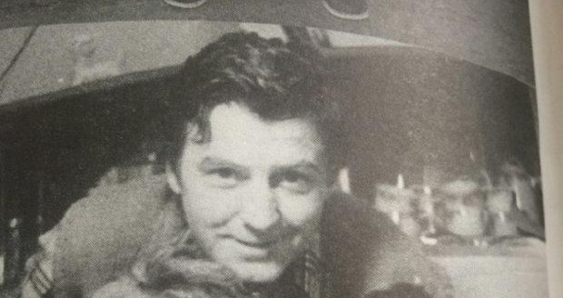 1975 - S tatínkem Miroslavem Zounarem (†65) a babičkou o Štědrém dnu v Orlických horách
