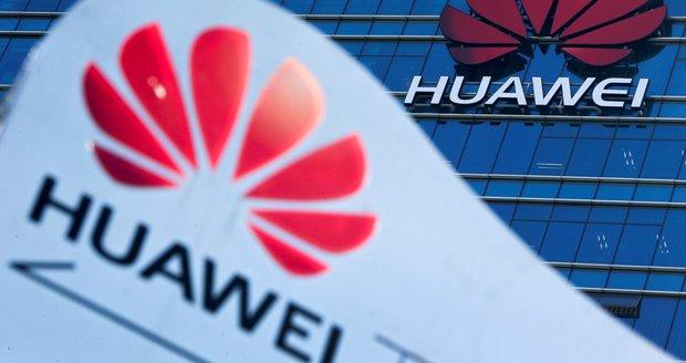"""Sítě 5G v ohrožení? """"Boj"""" s Huawei je může zpozdit a prodražit, varuje expert"""