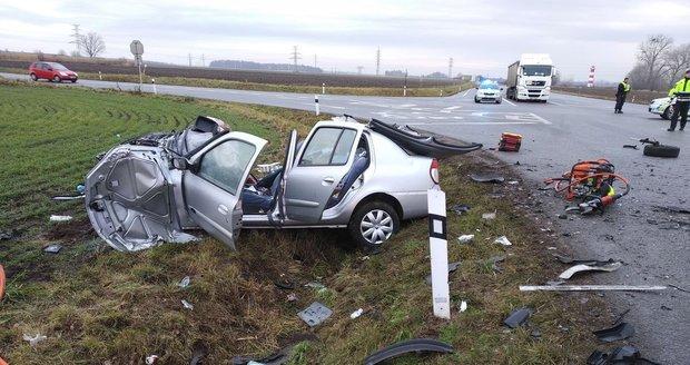 U Mikulova je kvůli nehodě dvou aut zavřena silnice I/52. Ilustrační foto.