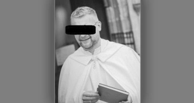 Na Znojemsku zemřel na následky zranění mladý kněz.