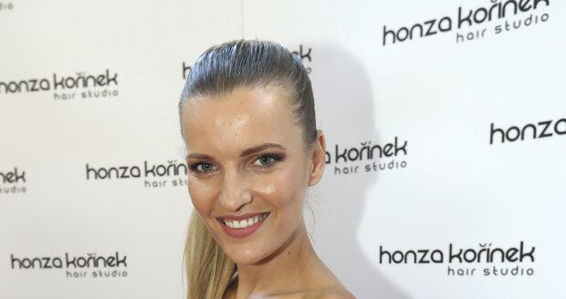 Modelka Veronika Chmelířová
