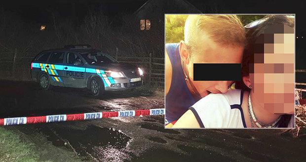 Policisté hledali v noci zbraň, kterou zabili čerpadlářku Janu Š. (†58): Podezřelého si přivedli s sebou