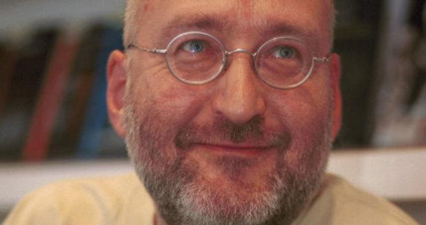 Zemřel filmový publicista Miloš Fikejz (†59). Zabila ho akutní leukémie.