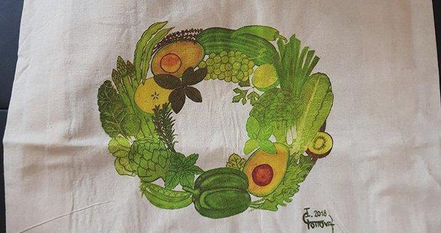 Textilní nákupní taška s malůvkou od Ivany Gottové. Obchodní řetězec je nabízí zákazníkům do 30. ledna za 29,90 Kč + 5 bodů (1 bod = nákup za 200 Kč).