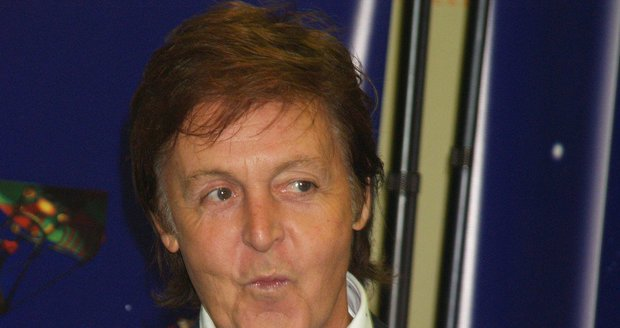 Paul McCartney býval jednu dobu nazrzlý...
