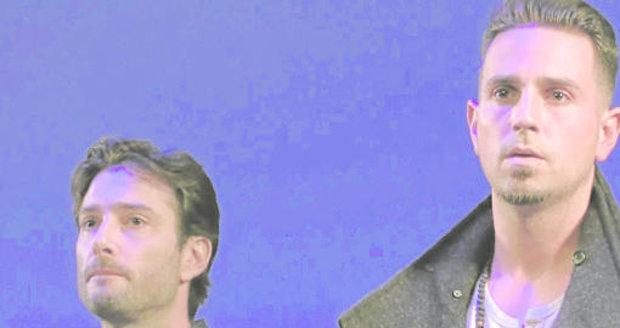 Wade Robson (vlevo) dělá v Hollywoodu tanečníka. Vpravo James Safechuck-