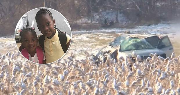 Při tragické nehodě zemřelo pět dětí! Ani jedno nebylo připoutané