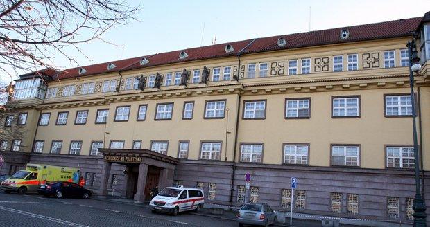 Nemocnice Na Františku má k 1. lednu 2020 připadnout hlavnímu městu. (ilustrační foto)