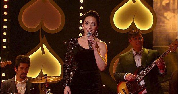 Lucie Bílá při vystoupení v pořadu Má vlast - galavečer ke 100 letům republiky