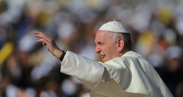 Papež popsal děsy v církvi: Kněží si udělali z jeptišek sexuální otrokyně